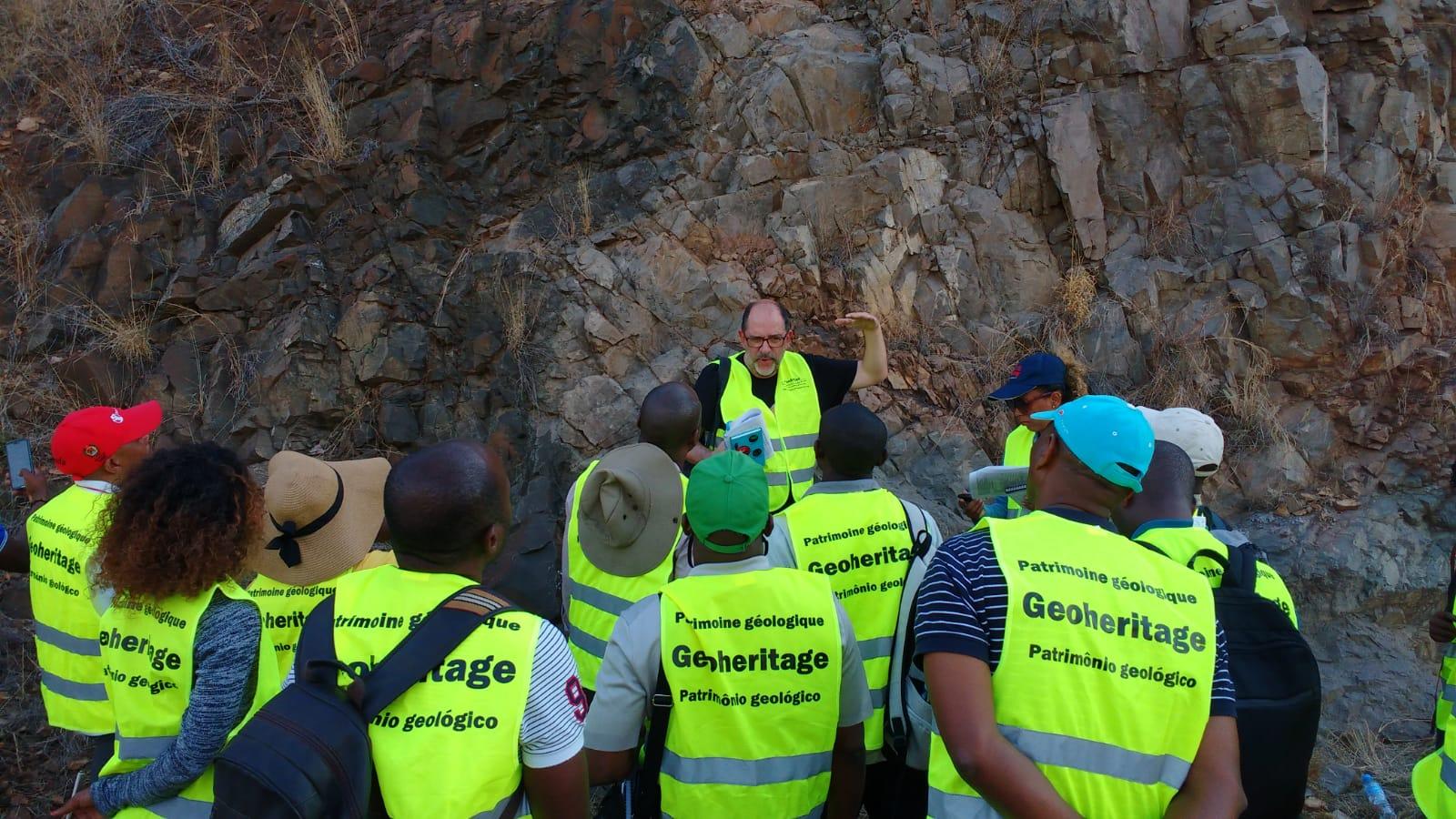 Pat Geológico PanAfGeo MZ 2019 (1)