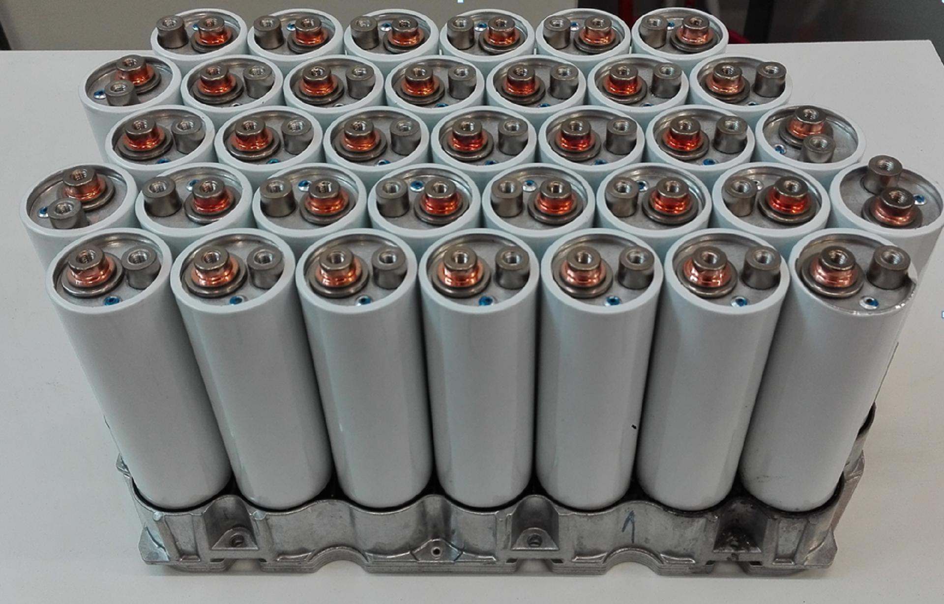 Baterias de ião-lítio Materiais, Componentes, Integração e Desafios